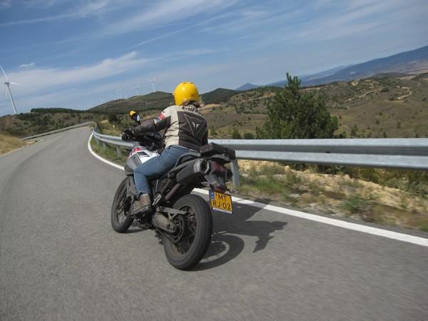 Yamaha Tenere XT660Z, van opzij