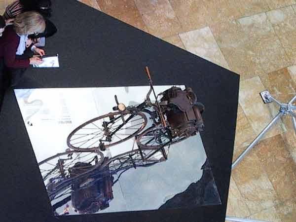 Een soort velocipede met motor