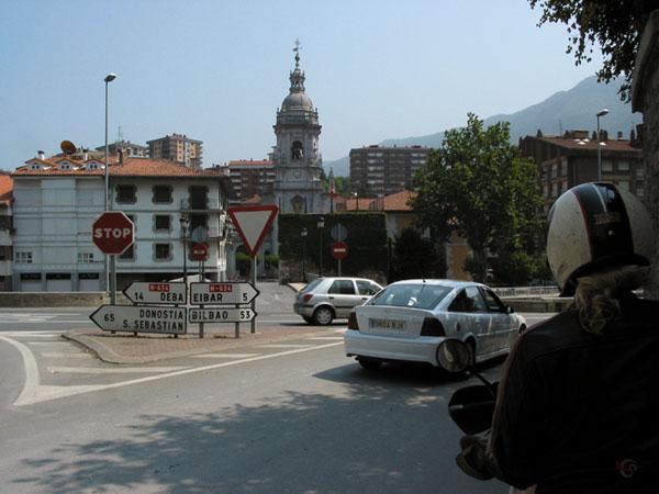 Plaatsnaamborden met Baskische plaatsnamen