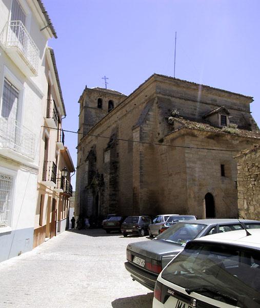 Simpele Romaanse kerk van baksteen