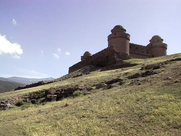 Het kasteel van onderaf gezien